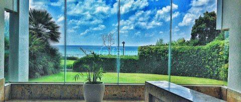 Четырехкомнатные апартаменты с видом на море в Нетании