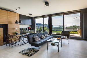 Стильный интерьер квартир на берегу моря